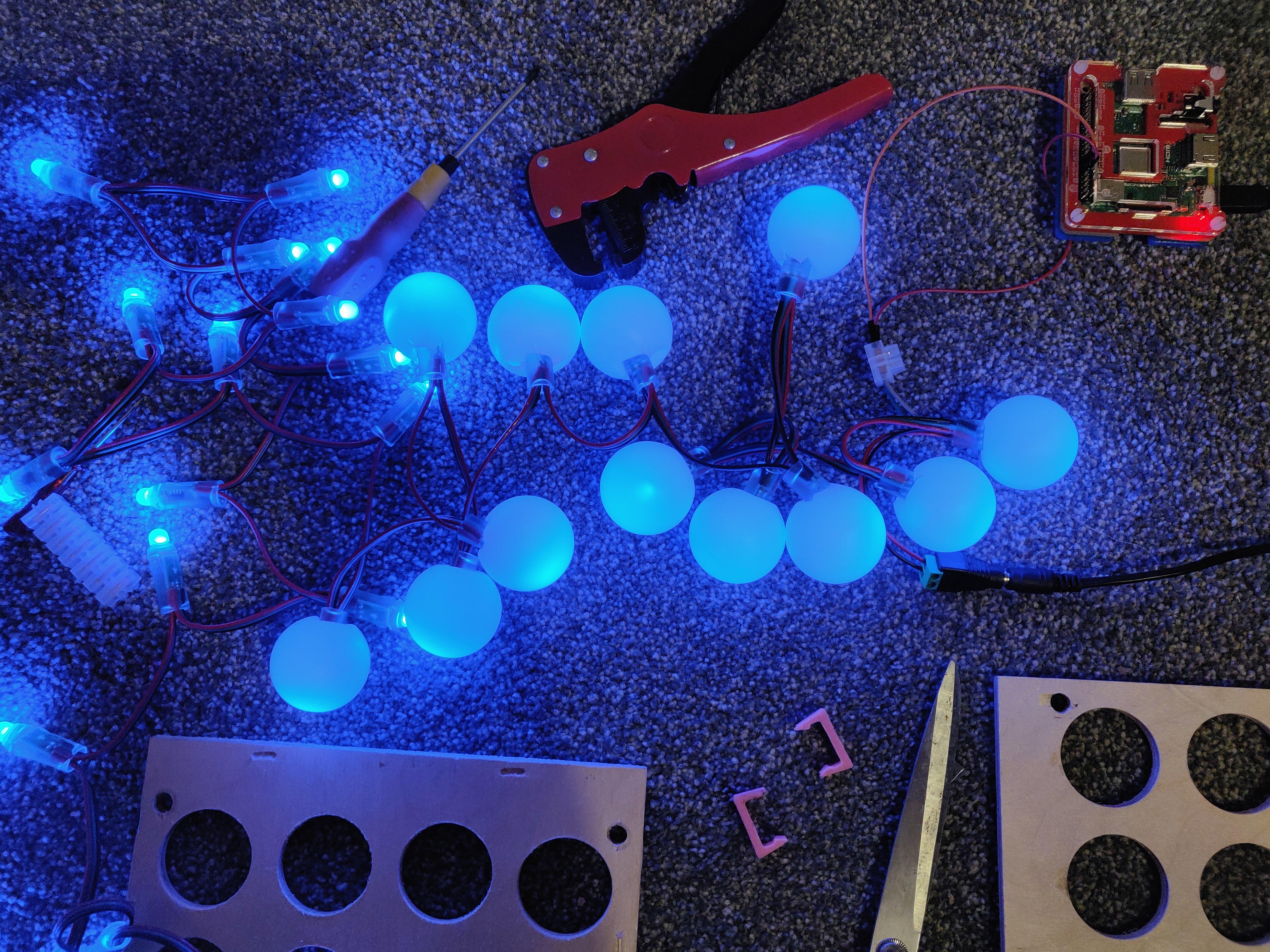 LED Ping Pong clock - post 1